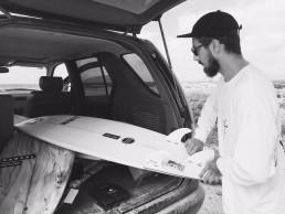deflow-surf-fins-surfing-surfboard-fcs-futures-hector-menendez-1